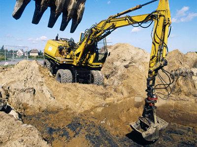 Demolition contractors in st louis for building for Total interior demolition